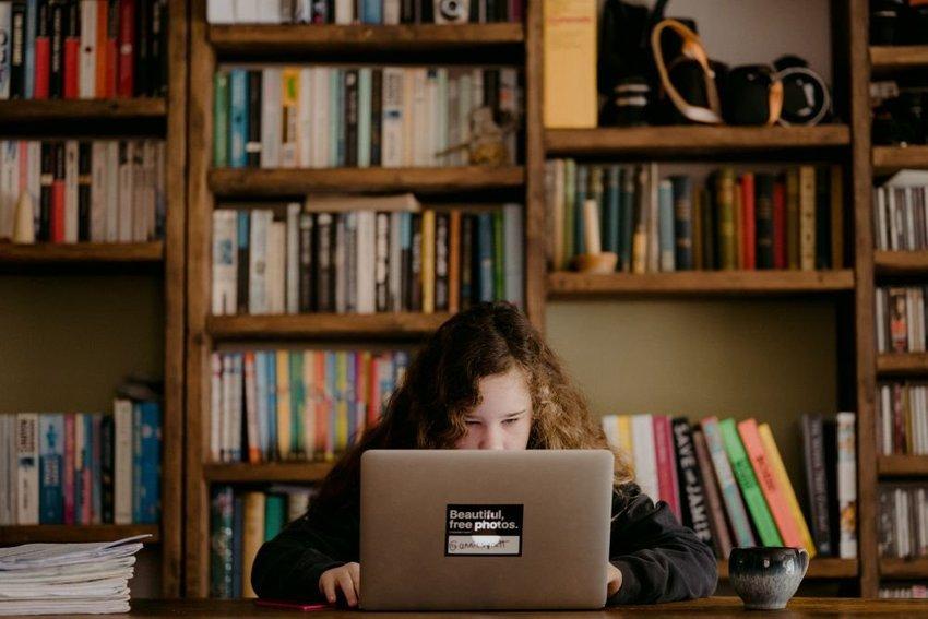 large laptop bbdf