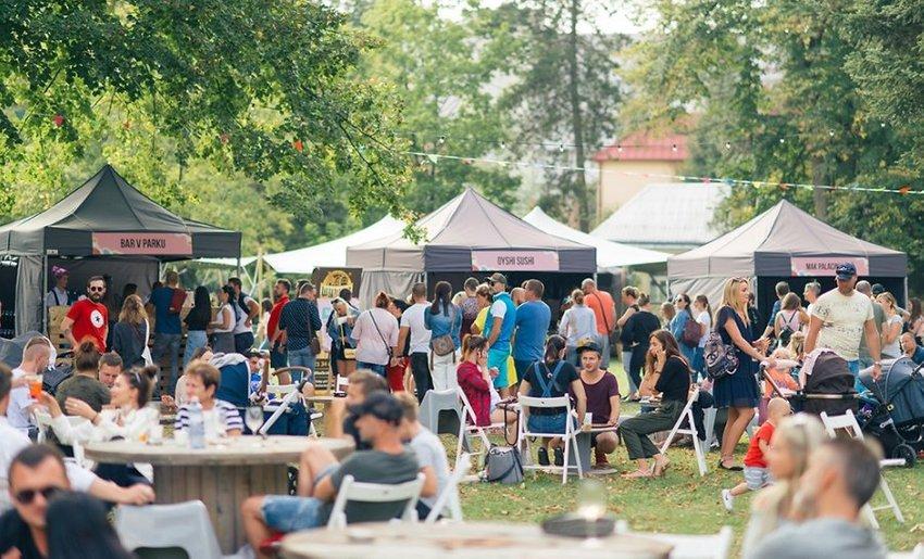 large  street food piknikova zona a ecofriendly koncept skvely food fest v parku len  minut od ziliny f
