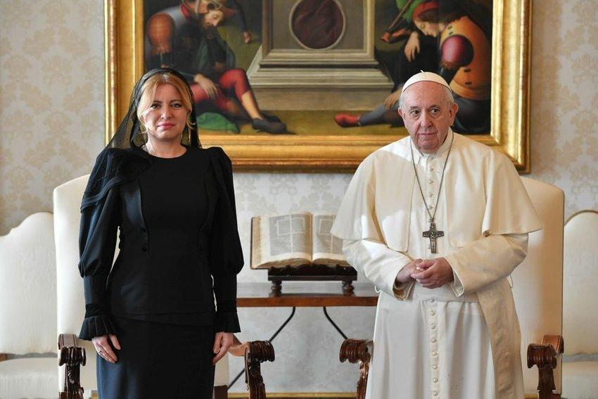 large caputova papez ad