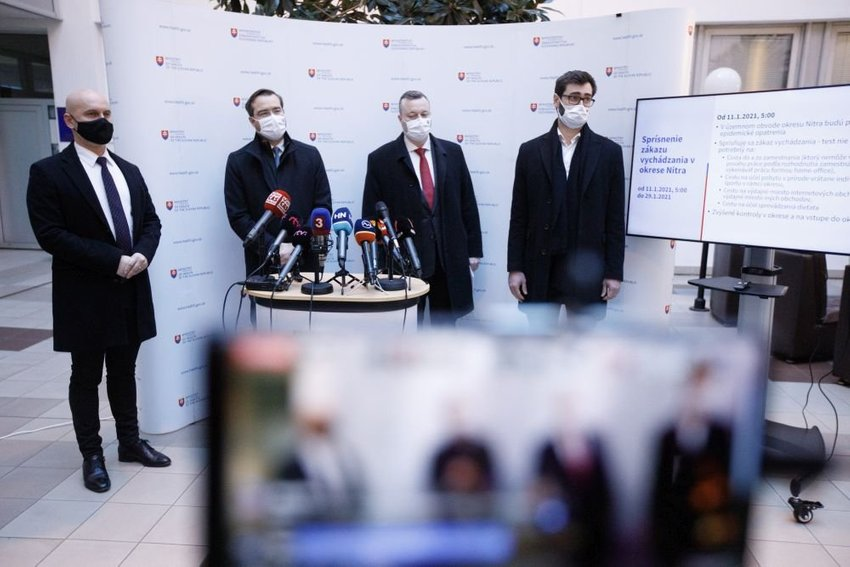 large ministri rokovanie bdbdf