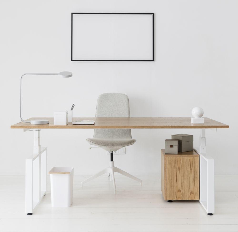 Nastavitelny stol autor Modesk