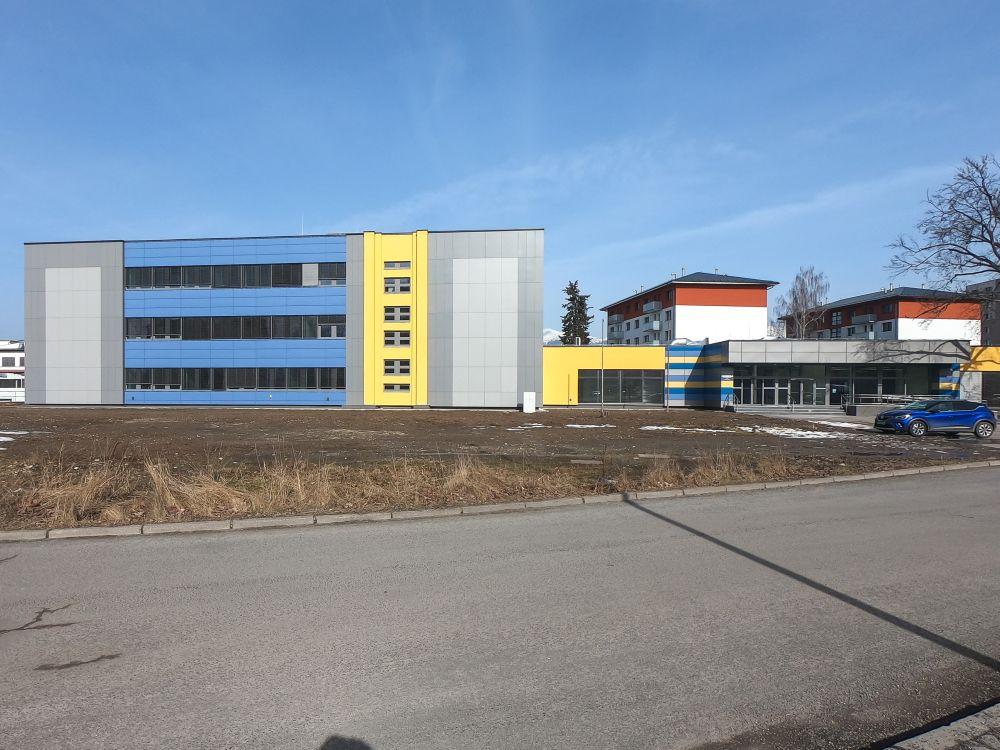Stredná zdravotnícka škola v L. Mikuláši