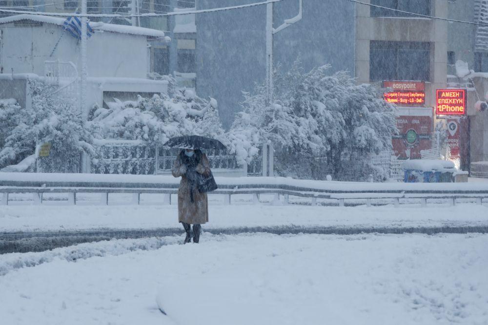 grecko ateny sneh