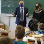 Odborníci považujú otvorenie škôl za správny krok, zdôraznilo ministerstvo