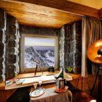 Stráviť noc v najvyššie položenej izbe v strednej Európe môžete na Lomnickom štíte