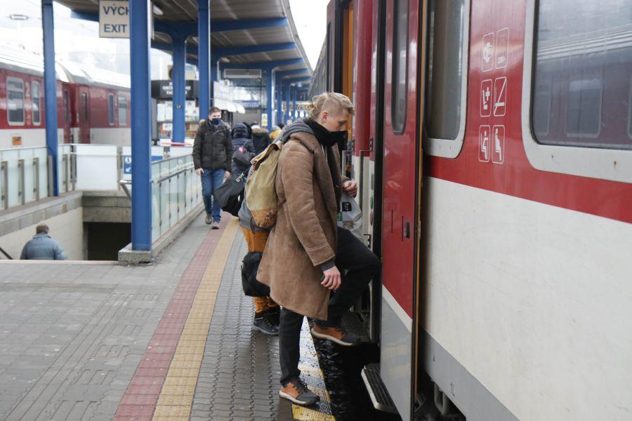 stanica vlak