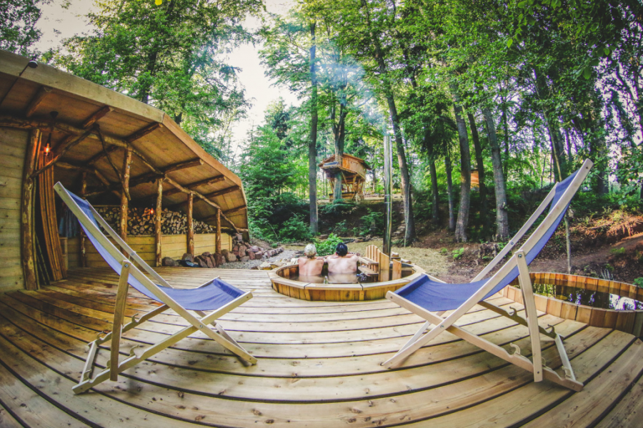 treehouse zvicina front