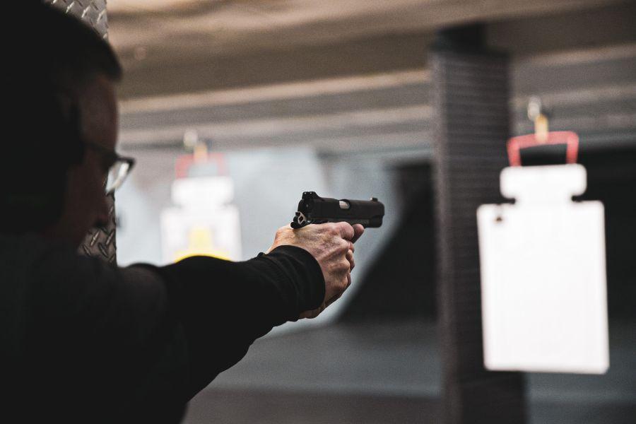 zbran strelba
