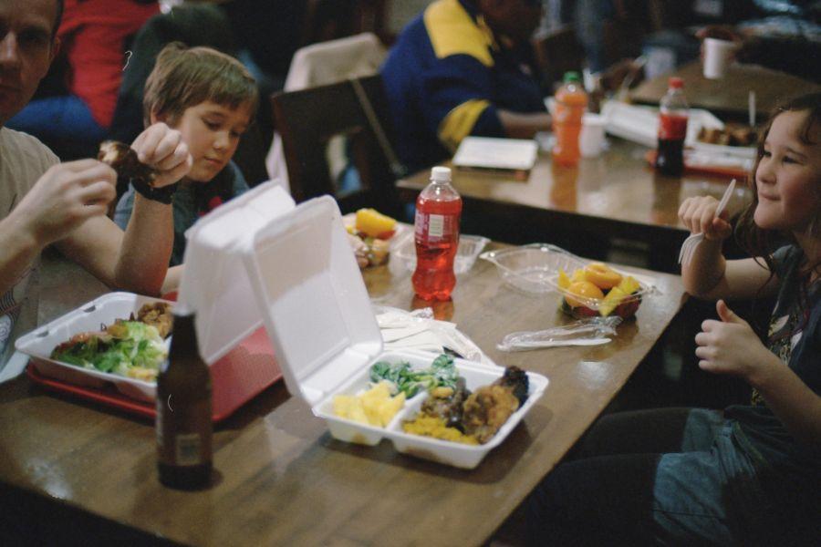 ziaci jedlo
